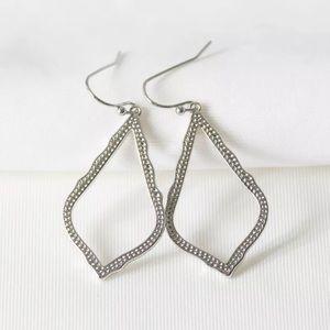 NEW KENDRA SCOTT Sophia Drop Earrings In Silver